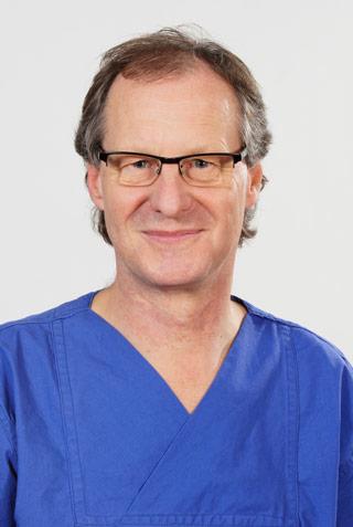 Dr. Hans-Peter Pfau